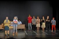 MALTEPE BELEDİYESİ - Tiyatro Kursu Öğrencileri TSKM'de Sahne Aldı