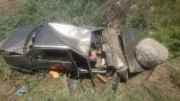Yoldan Çıkan Otomobil Takla Attı Açıklaması 4 Yaralı