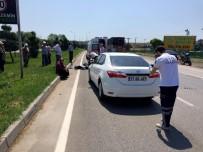 Motosiklet Otomobille Çarpıştı Açıklaması 1 Ölü