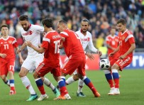 MAHMUT TEKDEMIR - A Milli Futbol Takımı Rusya ile berabere kaldı