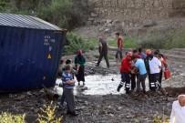 İZZET BAYSAL DEVLET HASTANESI - 20 Metrelik Viyadükten Düşen Tırın Sürücüsü Yaralandı
