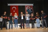 HASAN ALİ YÜCEL - Belediye Başkanı Erener, Tiyatro Sahnesinde Yer Aldı