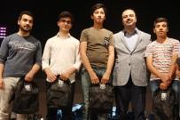 AHMET AKİF - Birinci Olan 700 Öğrenci Ödüllerini Aldı