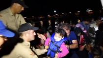 Botları Arızalanan Yabancı Uyrukluları Sahil Güvenlik Kurtardı