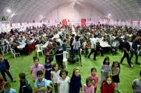 ÖZNUR ÇALIK - Büyükşehir Belediyesi İftarları Devam Ediyor