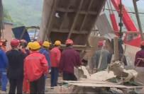 PEKIN - Çin'de Madende Patlama  Açıklaması 11 Ölü