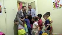 AİLE YAPISI - Çocuklar Eğleniyor, Anneleri Meslek Öğreniyor