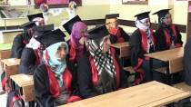 HARMANKAYA - Köylü Kadınlar Cübbe Giyip Kep Attı