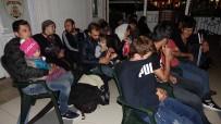 Lastik Botla Midilli Adası'na Gitmek İsteyen Kaçak Göçmenler Kurtarıldı