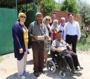 Manisa'da 2 Engellinin Yüzü Akülü Arabayla Güldü