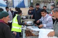 ÖZALP BELEDİYESİ - Özalp Belediyesinden 600 Kişiye İftar Yemeği