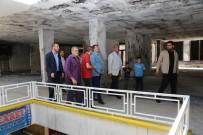 MEHMET EKİNCİ - Yangında Hasar Gören İş Merkezine Yardım Eli Uzatıldı