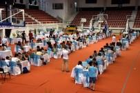 SATRANÇ FEDERASYONU - Aliağa'da Kyme Satranç Turnuvasına Yoğun İlgi