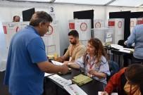 SEÇIM SISTEMI - Almanya'da Oy Verme İşlemi Başladı