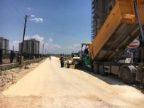 ALTINŞEHİR - Altınşehir Mahallesinde Asfalt Çalışması Yapıldı