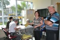 GURBETÇI - Ayvalık'ta 24 Haziran Seçimleri İçin İlk Oylar Atılmaya Başlandı