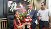 SELAHATTIN GÜRKAN - Başkan Gürkan Öğrenciler İle Bir Araya Geldi