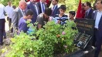 MUSTAFA DESTICI - Destici, Abdurrahim Karakoç'un Kabrini Ziyaret Etti