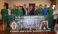 GAZİ MAHALLESİ - Dündar, Şampiyon Hürriyetspor'u Ağırladı