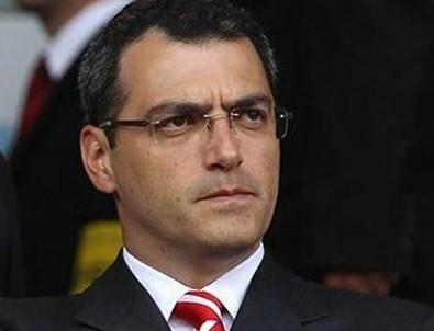 Fenerbahçe'de Comolli dönemi resmen başladı!