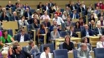 YASA TASARISI - İsveç'ten 9 Bin Afgan Sığınmacıya Oturum İzni