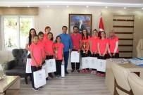 ŞAMPİYONLUK KUPASI - Namağlup Türkiye Şampiyonları Manisa'nın Gururu Oldu
