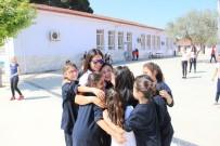 TÜRKIYE MILLI OLIMPIYAT KOMITESI - Olimpik Anneler Projesi, Milli Sporcuları Öğrencilerle Buluşturmayı Sürdürüyor
