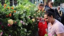 PROVOKASYON - PEGIDA Cami Önündeki Eyleminden Yoğun Tepki Üzerine Vazgeçti