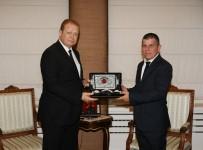 TURİZM SEZONU - Riyad'tan Trabzon'a Direkt Uçak Seferleri Başladı