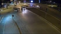 ŞERİT İHLALİ - Trafik Kazaları MOBESE Kameralarınca Görüntülendi