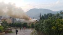 EDIP ÇAKıCı - Yıldırım Düşen Lojmanda Yangın Çıktı