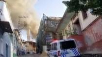 DÜĞÜN HAZIRLIĞI - Ahşap Evde Çıkan Yangın Korkuttu