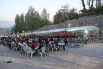 ABDULSELAM ÖZTÜRK - Başkale'de Vatandaşlar Hep Birlikte İftarda Buluştu