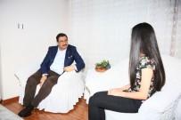 MUSTAFA AK - Başkan Ak'tan Darp Edilen Genç Kıza Geçmiş Olsun Ziyareti