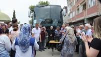 EMEKLİ İMAM - Burhaniye'de Ramazan Umrecileri Uğurlandı