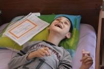 SOSYAL BILGILER - Cam Kemik Hastası Görme Engelli Mehmet'in Karne Sevinci