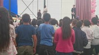 DANS GÖSTERİSİ - Çıldır YBO'dan Coşkulu Yıl Sonu Programı