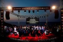 MUSTAFA AKINCI - Cumhurbaşkanı Akıncı'nın Katıldığı Törenle Diplomalarını Aldılar