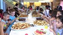 İŞ BANKASı - İş Bankası'ndan Çocuklara Karne Hediyesi