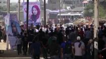 SAĞLIK GÖREVLİSİ - İsrail Askerleri Gazze Sınırında 100 Filistinliyi Yaraladı
