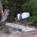 Minibüs Şarampole Uçtu Açıklaması 2 Yaralı