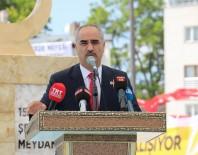 SAMI AYDıN - Sivas'ta 15 Temmuz Şehitler Meydanı Açıldı