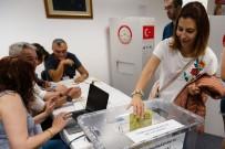 EVLİLİK CÜZDANI - ABD'deki Türk Vatandaşları Sandığa Gitmeye Başladı