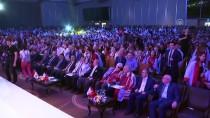 VASIP ŞAHIN - Bakan Yılmaz, Yeni Yüzyıl Üniversitesi Mezuniyet Törenine Katıldı