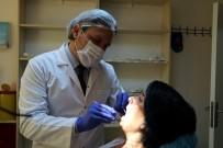 DİŞ HEKİMLERİ - 'Bembeyaz Dişlerim Olsun' Dedikten Sonra 32 Dişinden Olan O Kadına Müjdeli Haber