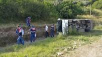 İşçi Servisi Şarampole Yuvarlandı Açıklaması 9 Yaralı