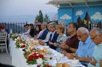 KAMİL OKYAY SINDIR - Karşıyaka'da Birlik Sofrası