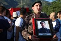 ÖZEL HAREKAT POLİSLERİ - Şehit Uslu'nun Cenazesi, Dedesinin Yaptırdığı Caminin Bahçesine Defnedildi