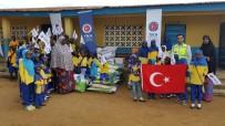 KÜÇÜK KIZ - Sierra Leone'de Yetimhanelere Gıda Yardımı