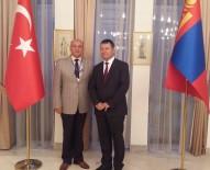 TÜRKOLOJI - Türkolog Ergün Veren'in Kitapları Moğolistan'a Ulaştı